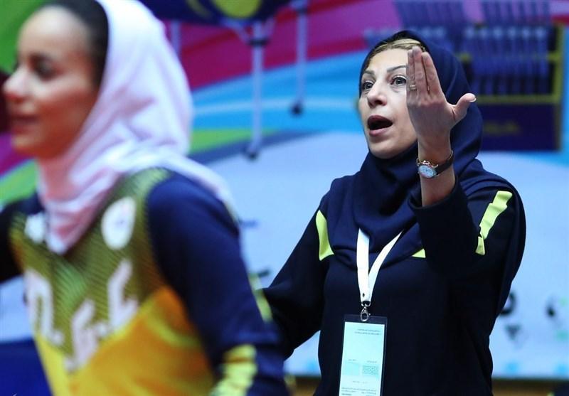 سیما صدیقی: تیم والیبال پارسه هنوز طلب های مان را نداده است