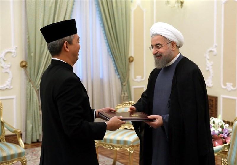 دستور دولت اندونزی به بانک ها برای برقراری روابط با ایران
