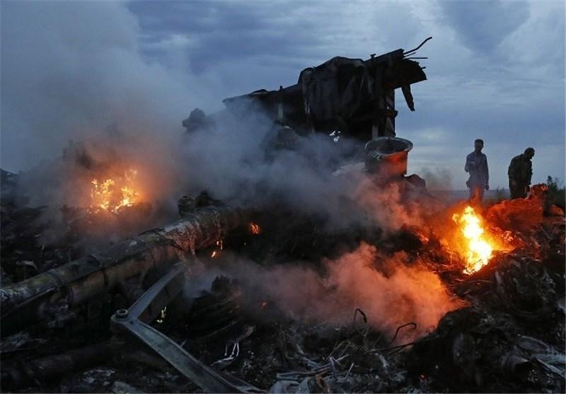 نگرانی مالزی از عدم دسترسی کارشناسان اعزامی به محل حادثه هواپیمای سرنگون شده