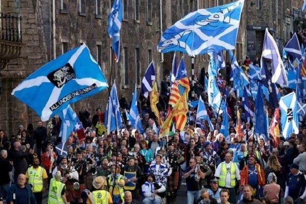 اسکاتلندی ها با برگزاری تظاهرات خواهان جدایی از انگلیس شدند