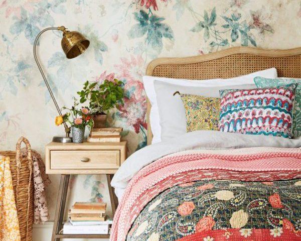 ایده های استفاده از کاغذ دیواری در اتاق خواب