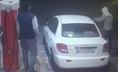 شکستن شیشه خودرو به دلیل فرار راننده از پمپ بنزین