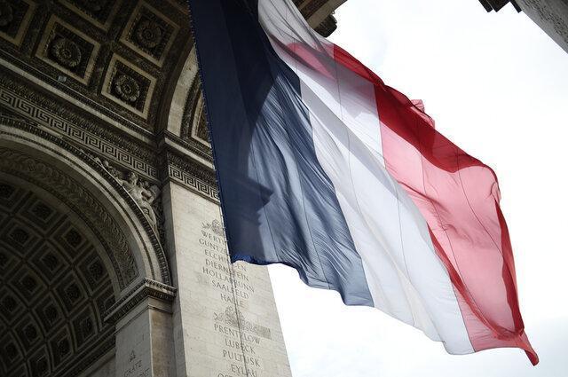 ویروس کرونا در فرانسه؛ چرا بعضی رویدادها مجاز و بعضی تعطیل شده اند؟