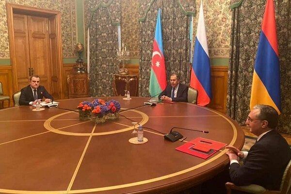 نشست وزیران خارجه ارمنستان و آذربایجان در روسیه شروع شد