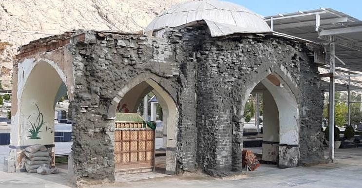 آرامگاه سید نسیمی زرقان بازسازی می گردد