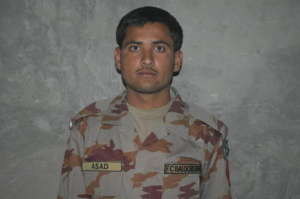 کشته شدن یک سرباز پاکستانی در حمله تروریست ها