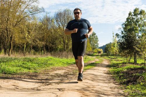 تاثیر ورزش و تغذیه بر وزن افراد