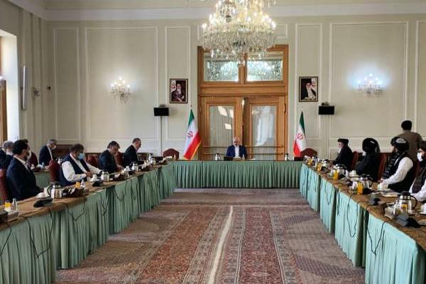 پیشروی طالبان در افغانستان و مذاکره در تهران